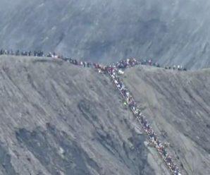 Ada Penyekatan Biar Warga Luar Tengger Tak Ikut Kasada Di Gunung Bromo